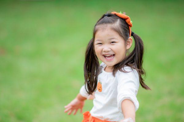 幼稚園の実習で役立つ!年齢に合わせた鬼ごっこのバリエーション